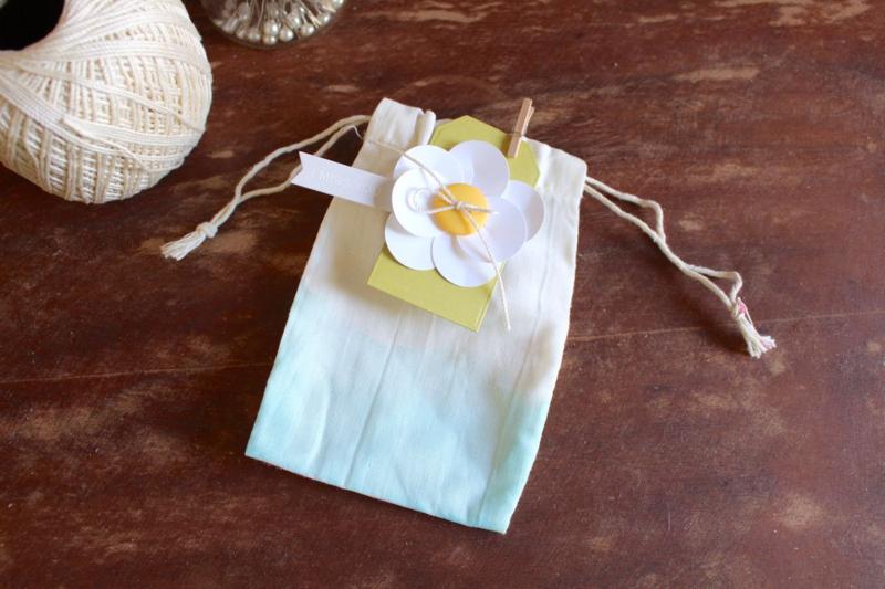 Dip-dyed bag